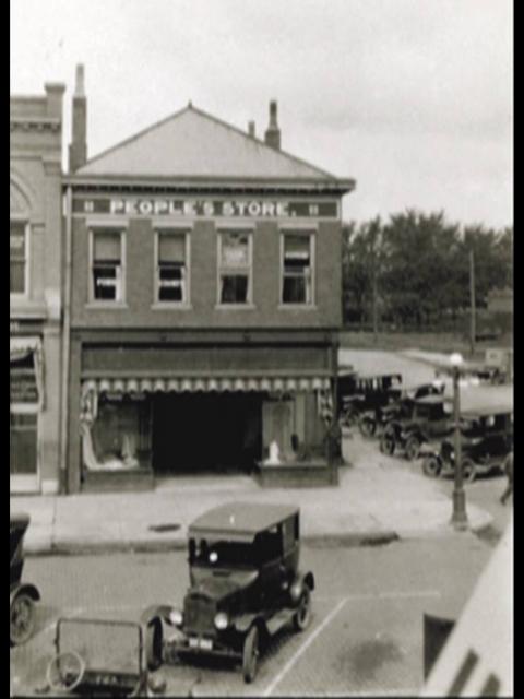129 N Sangamon_Peoples Store_Ace-Dr Webb Corner Historic
